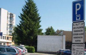 Ceny parkovného vo Vranove vráti EEI na pôvodnú úroveň