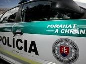 Polícia obvinila trojicu mladých ľudí z Rudlova, mali okradnúť svojho suseda