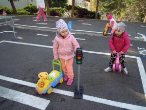 VRANOV: V MŠ na sídlisku Okulka pribudla deťom prírodná záhrada