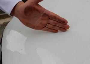 N. Hrušov: Obyvateľov znepokojil čierny prach, znečistil im obydlia i úrodu